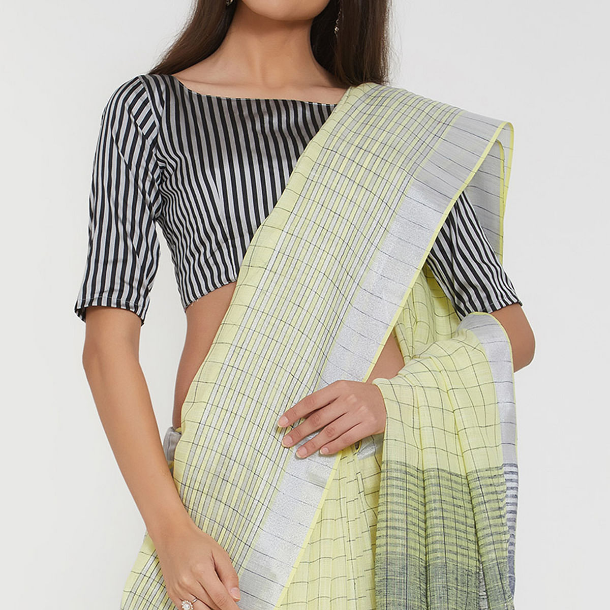 Stylish Lemon Green Colored Casual Wear Linen Saree With 2 Blouse Pieces