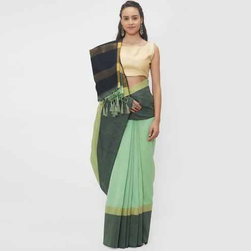 Desirable Green Colored Casual Wear Linen Saree With 2 Blouse Pieces