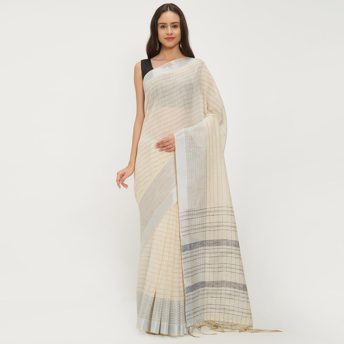 Appealing Off-White Colored Casual Wear Linen Saree With 2 Blouse Pieces