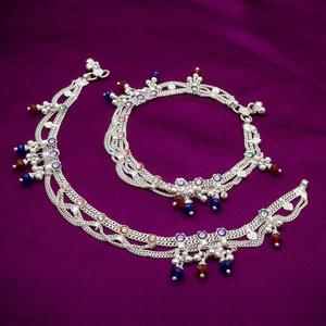 Majesty Silver Colored Mix Metal Anklet Set