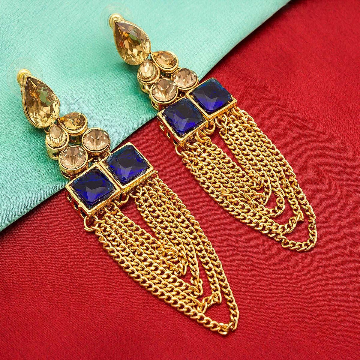 Innovative Golden Colored Mix Metal & Stone Work Earrings Set