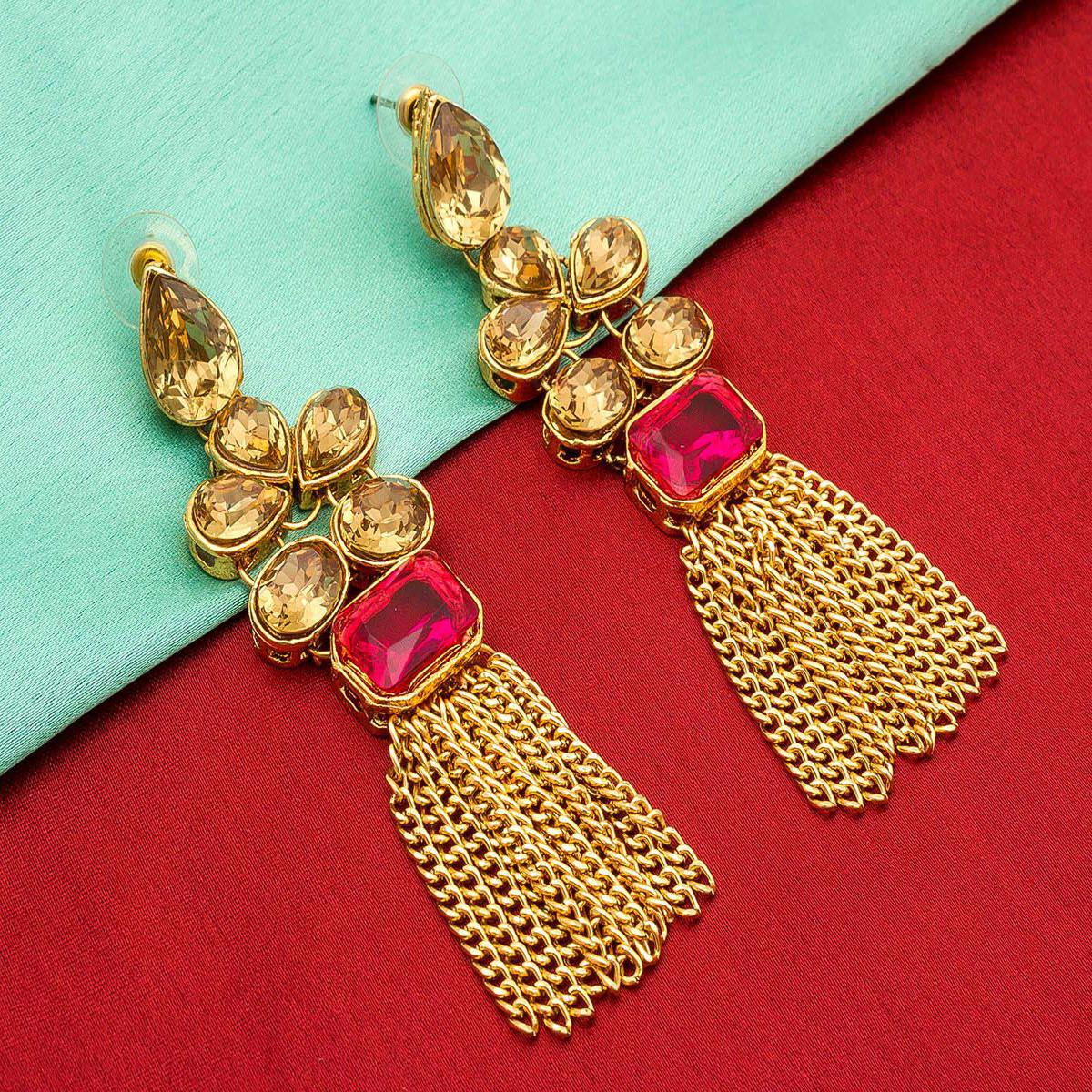Exceptional Golden Colored Mix Metal & Stone Work Earrings Set