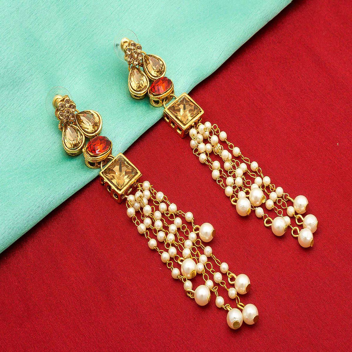 Excellent Golden Colored Mix Metal & Stone Work Earrings Set