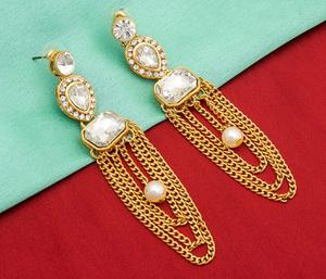 Entrancing Golden Colored Mix Metal & Stone Work Earrings Set