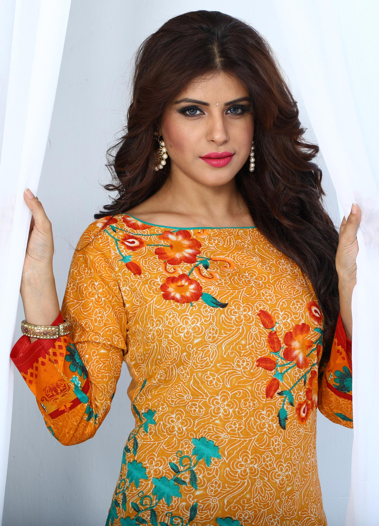 Ravishing Yellow & Blue Digital Printed Casual Dress Material