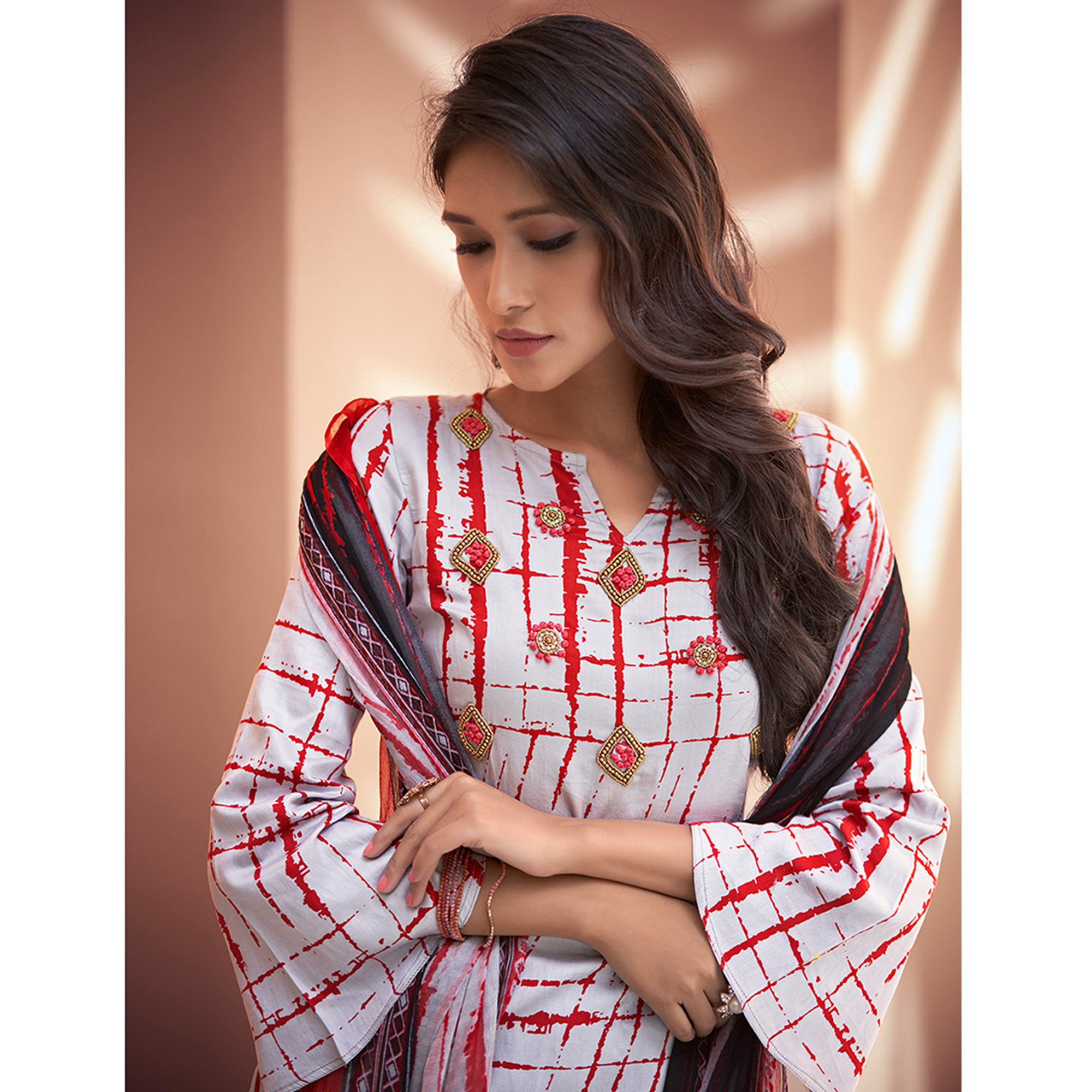 Marvellous Off White-Red Colored Partywear Printed Silk Palazzo Suit