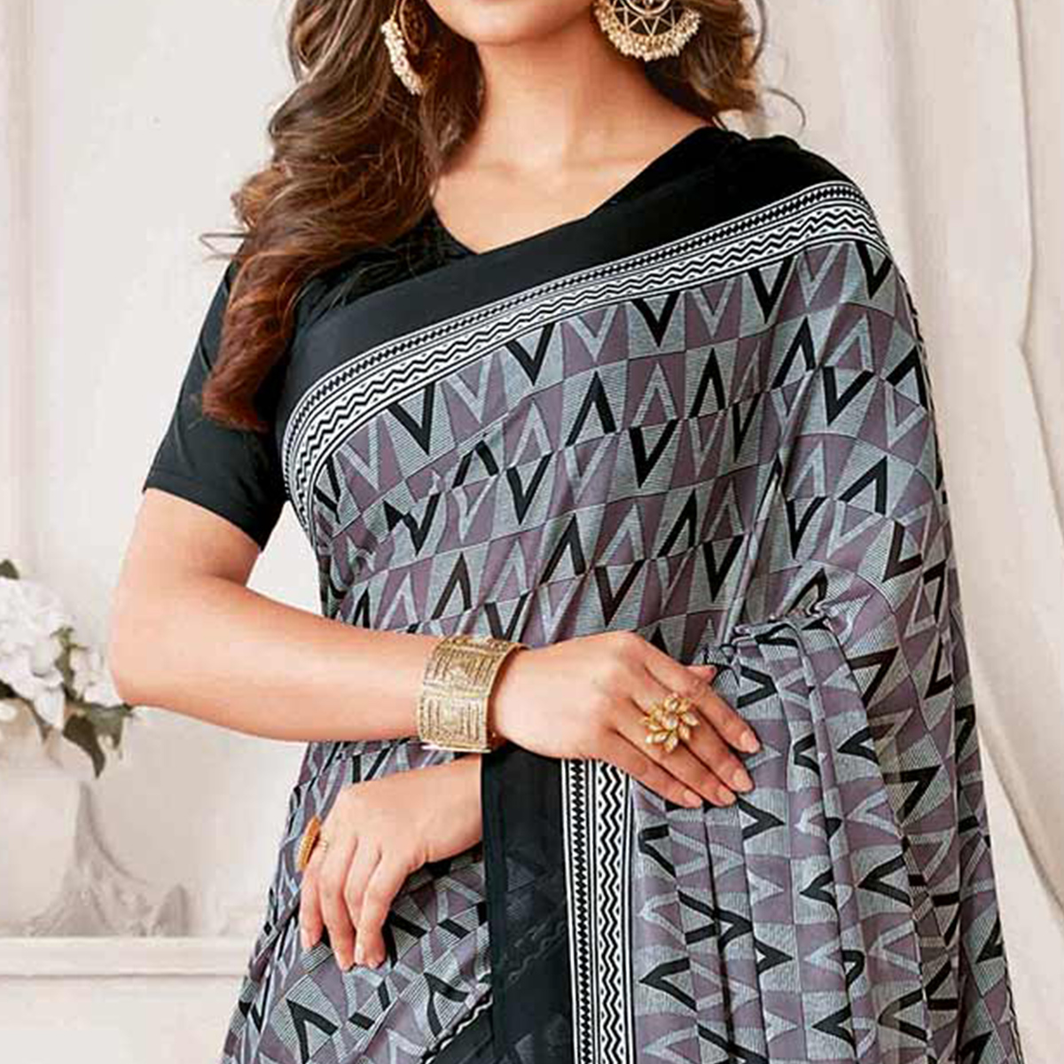 Ravishing Grey Colored Casual Printed Georgette Saree
