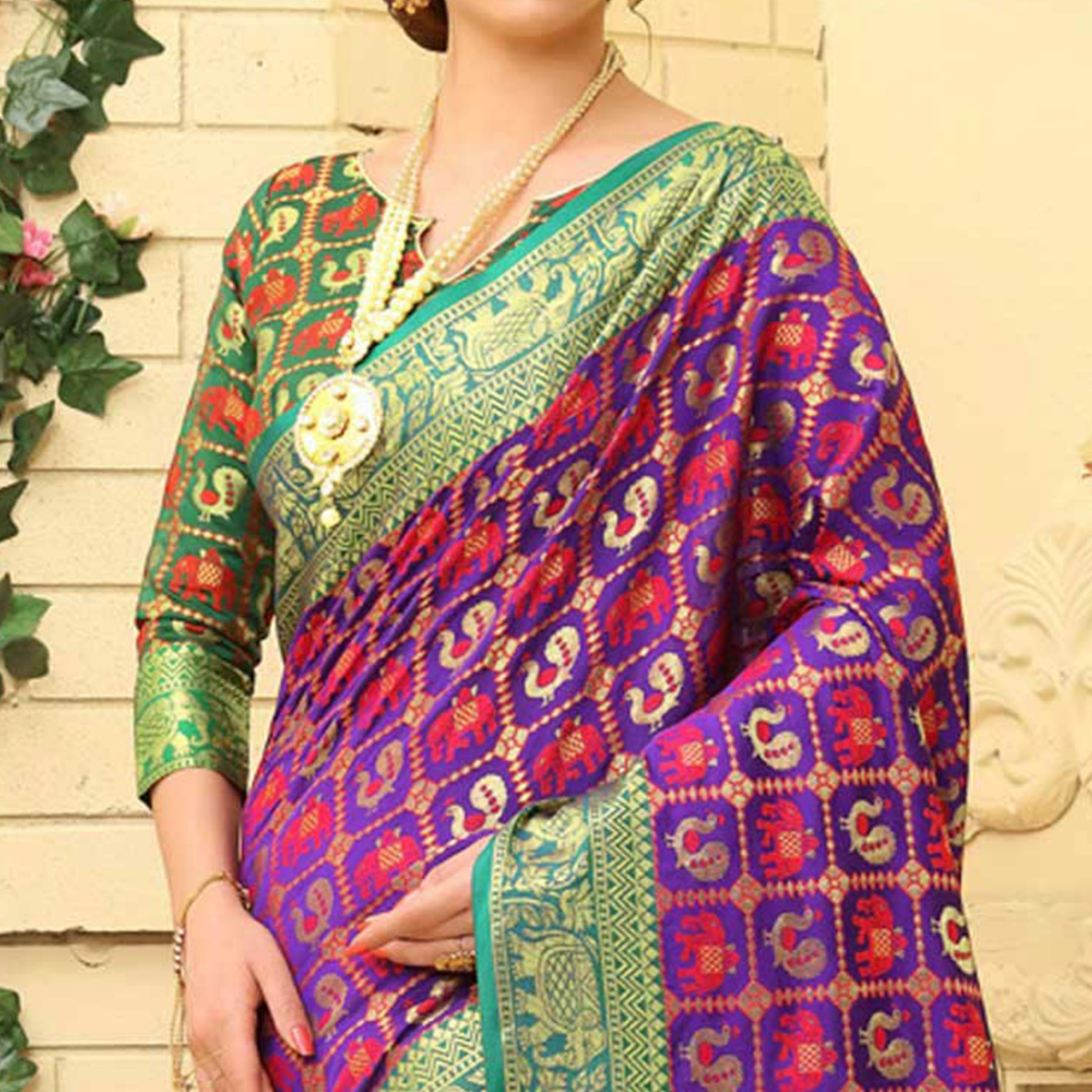 Pretty Purple Colored Festive Wear Woven Jacquard Silk Saree