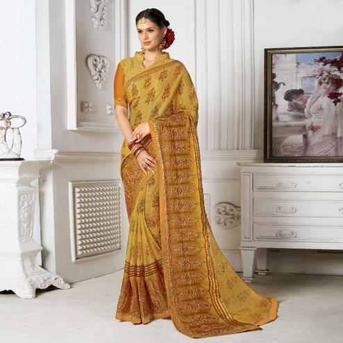 Groovy Yellow Colored Casual Wear Printed Chiffon Saree