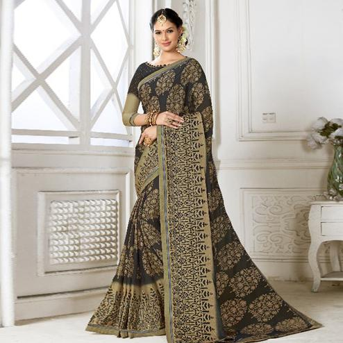 Trendy Black Colored Casual Wear Printed Chiffon Saree