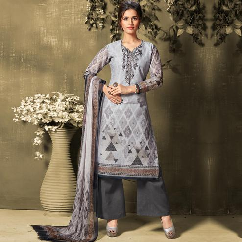 Marvellous Grey Colored Casual Wear Digital Printed Cotton Salwar Suit