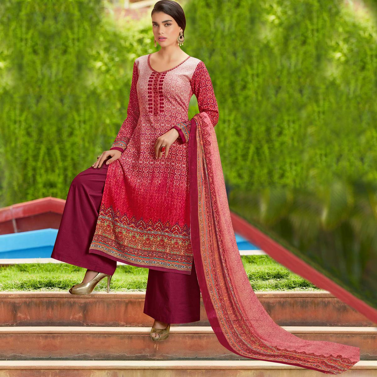 Demanding Pink Colored Casual Wear Printed Cotton Salwar Suit