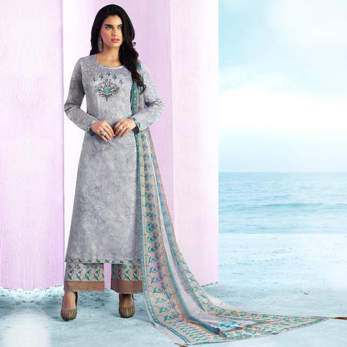 Groovy Grey Colored Casual Wear Printed Cotton Salwar Suit