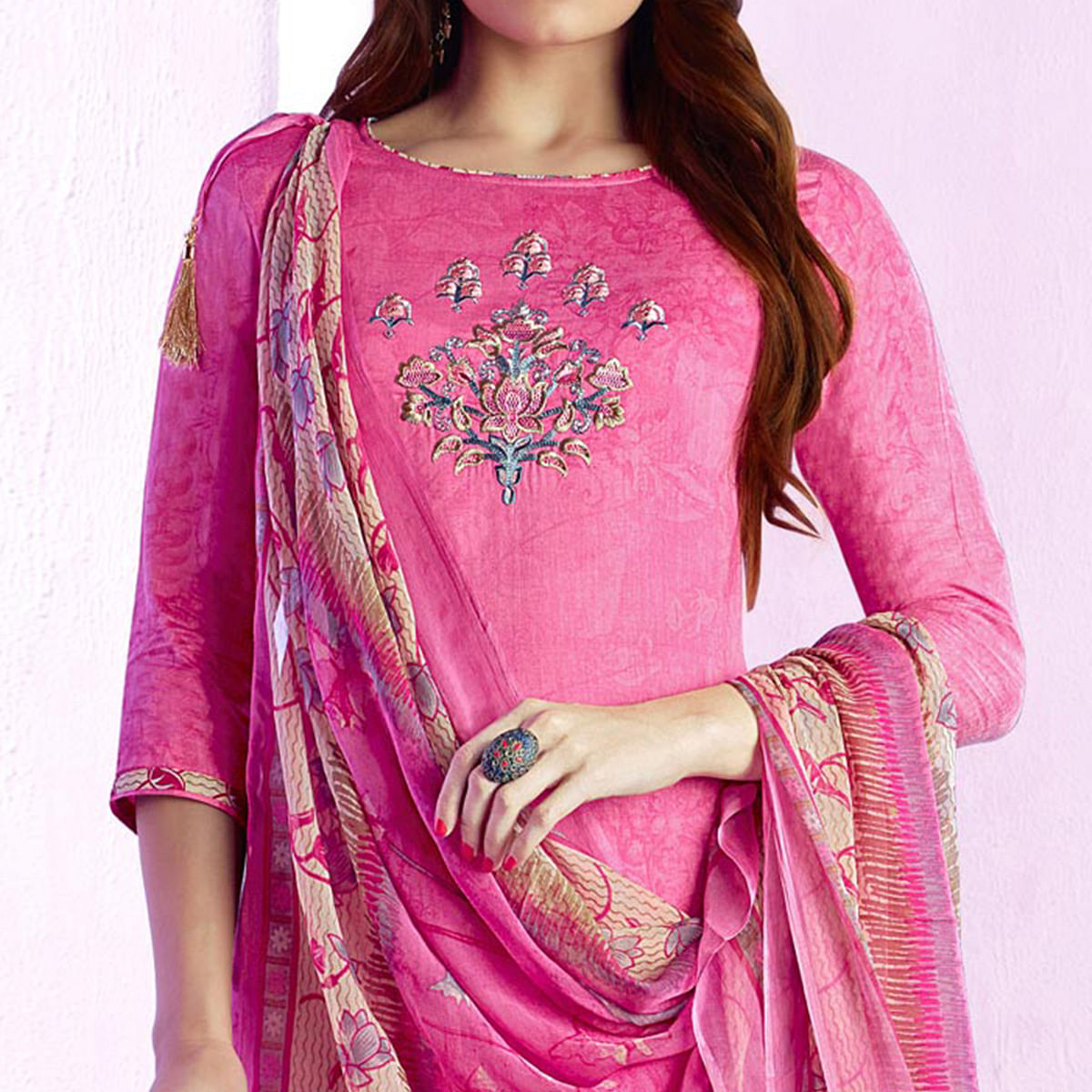 Prominent Pink Colored Casual Wear Printed Cotton Salwar Suit