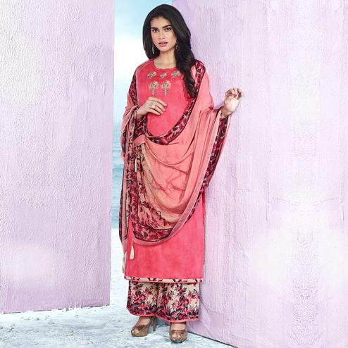 Adorning Pink Colored Casual Wear Printed Cotton Salwar Suit