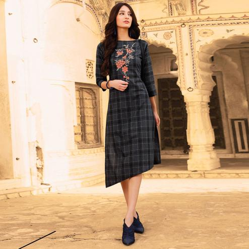 Exotic Black Colored Casual Wear Embroidered Cotton Kurti