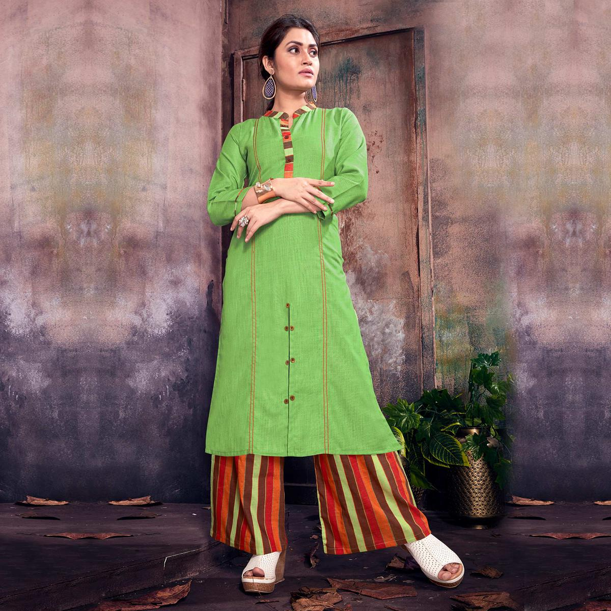 Impressive Green Colored Casual Printed Cotton Palazzo Suit