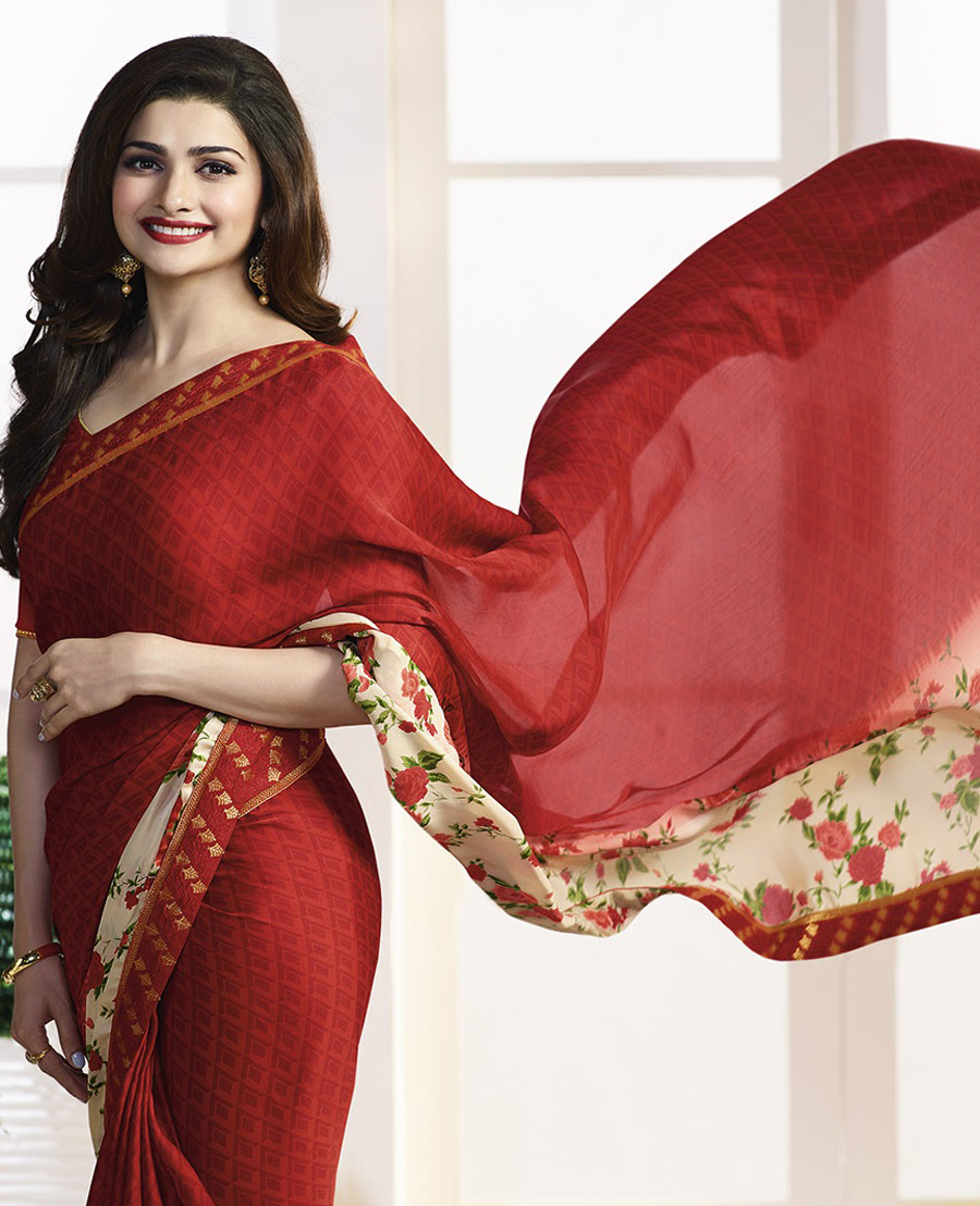 Red Floral & Geometrical Print Casual Saree