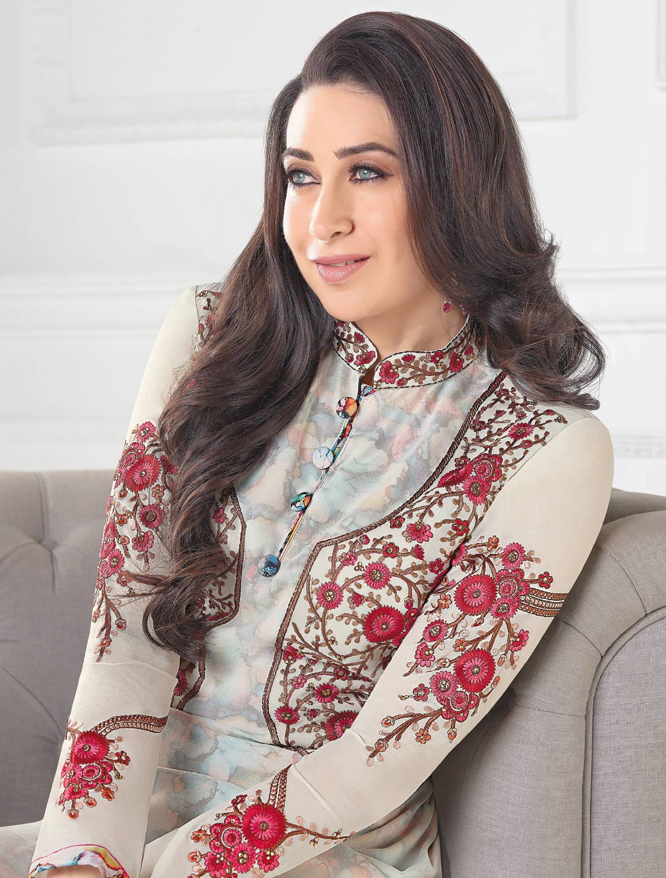 Stylish Off-White Designer Embroidered Faux Georgette Salwar Suit