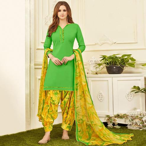 Eye-catching Bright Green Colored Casual Wear Printed Crepe Salwar Suit
