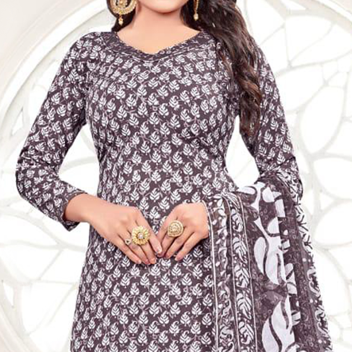 Gorgeous Dark Grey - White Colored Casual Wear Printed Crepe Salwar Suit