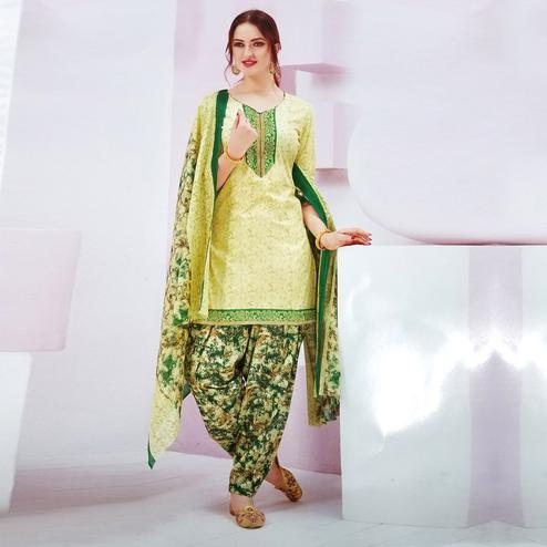 Engrossing Light Yellow Colored Casual Wear Printed Crepe Salwar Suit
