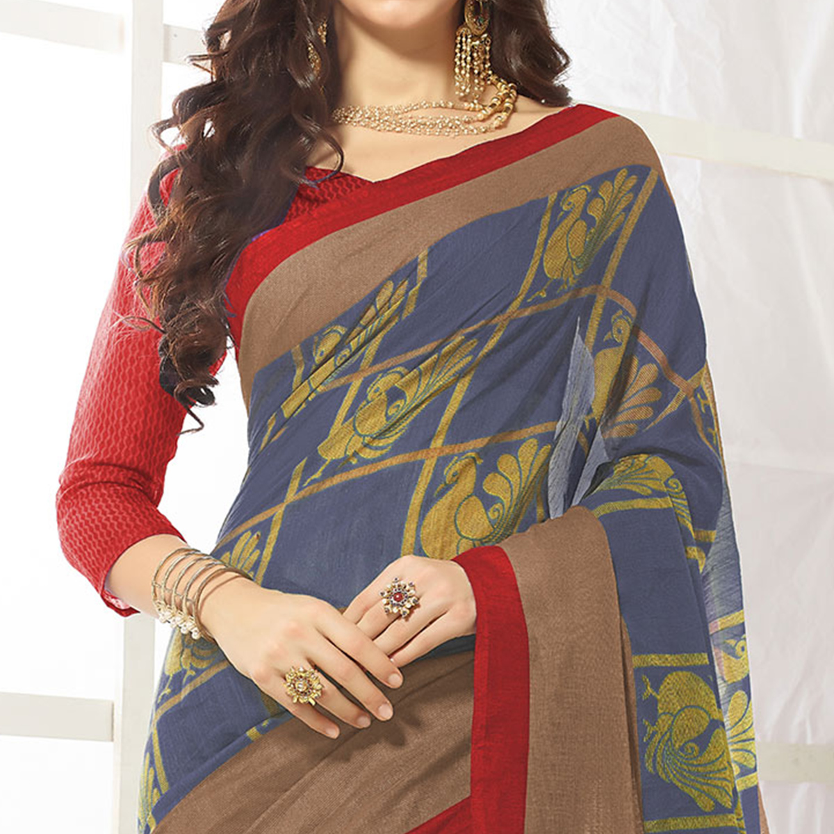 Trendy Gray Printed Cotton Blend Saree