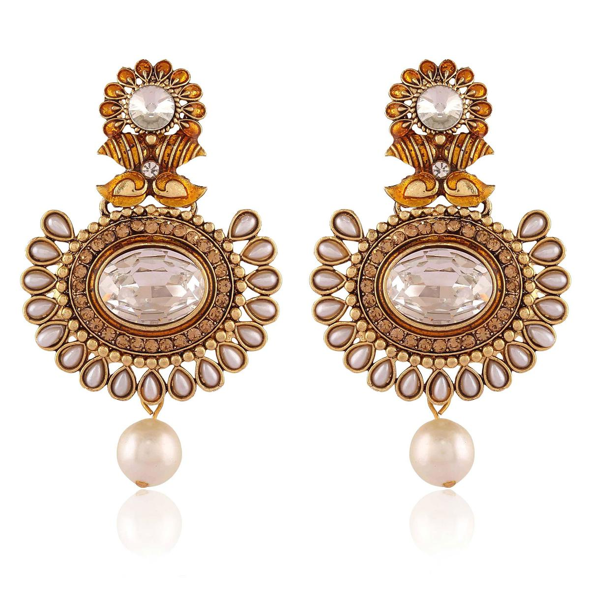 Adorning Golden Colored Stone Work Alloy Earrings