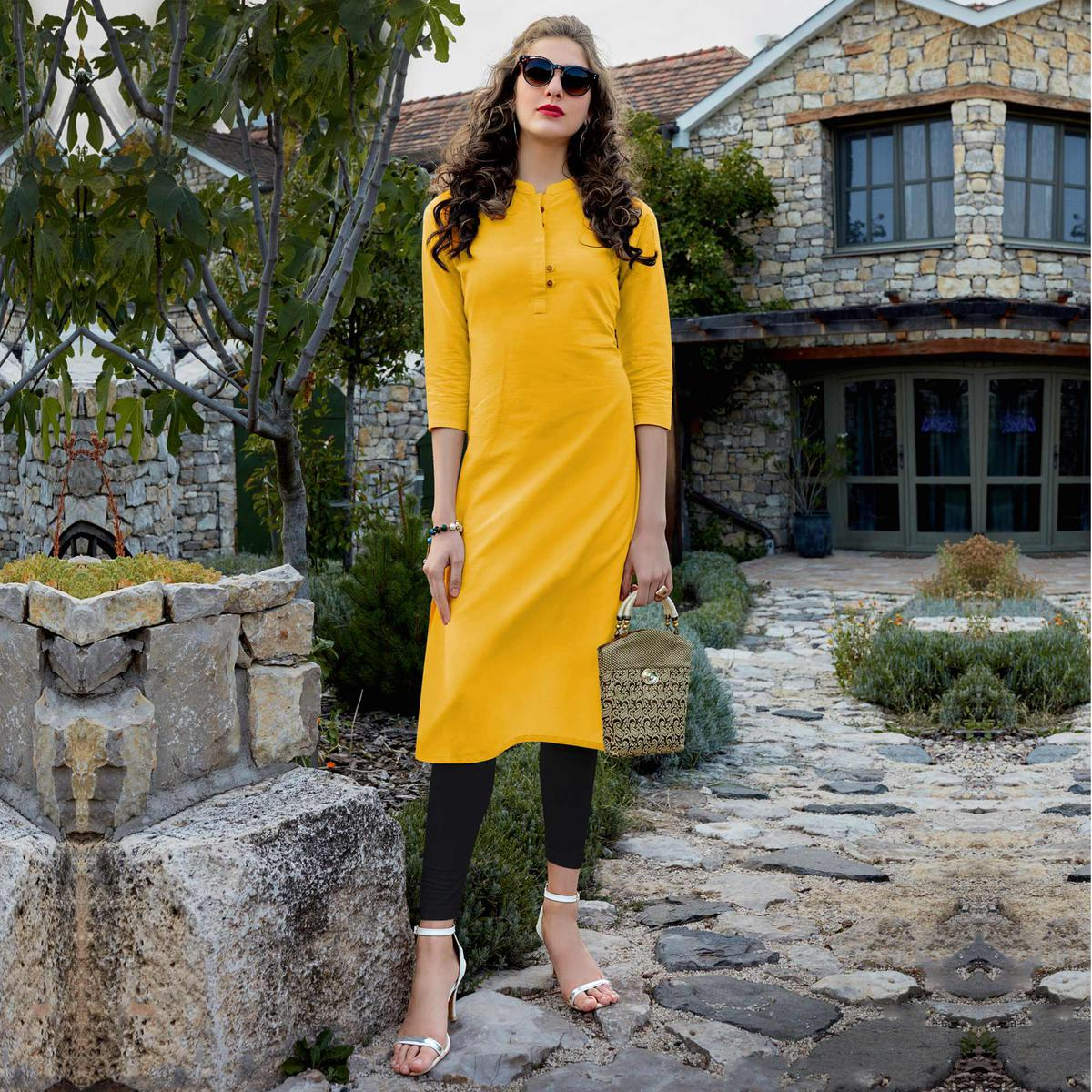 Attractive Yellow Colored Casual Wear Cotton Kurti