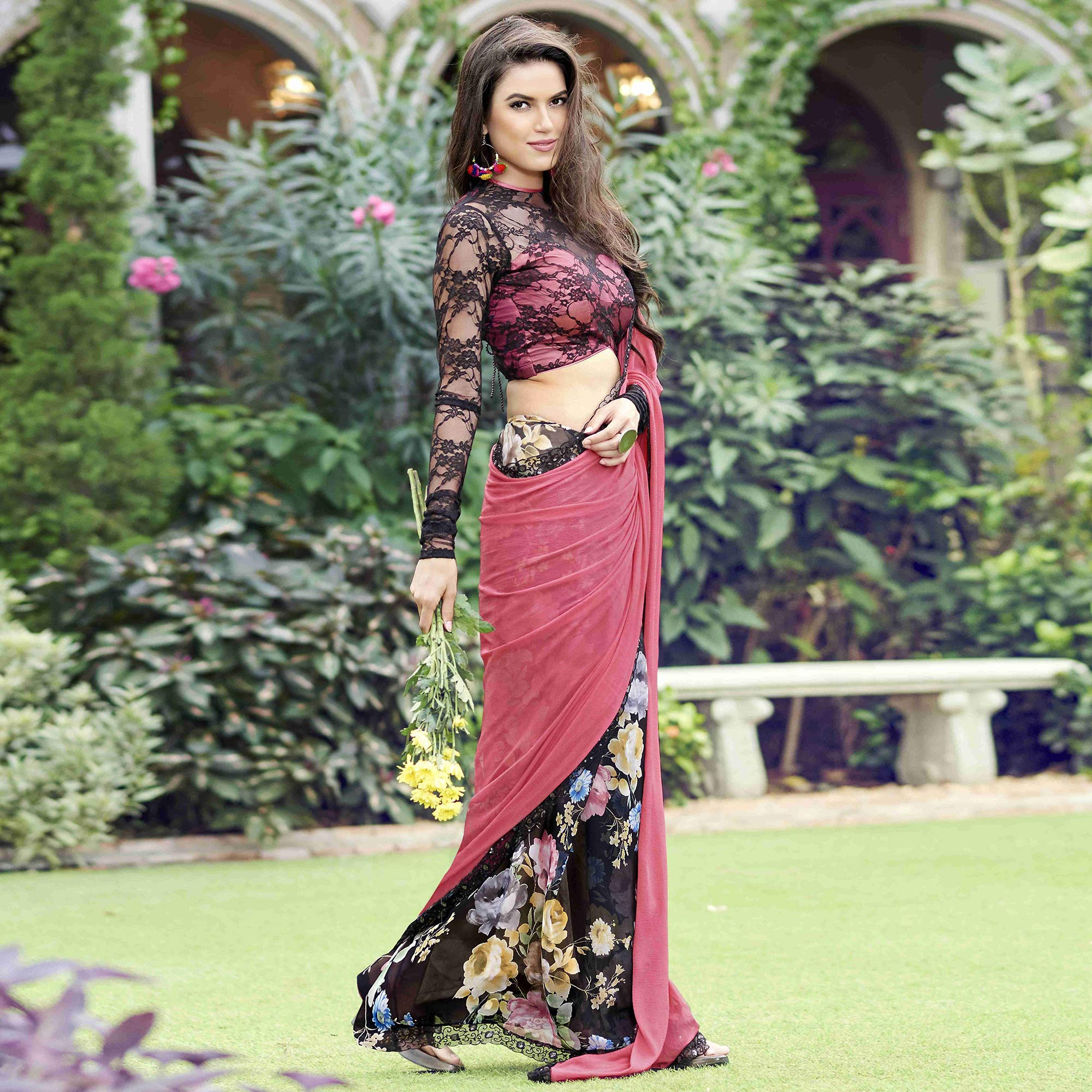 Delightful Pink - Black Colored Casual Wear Printed Chiffon-Faux Georgette Saree