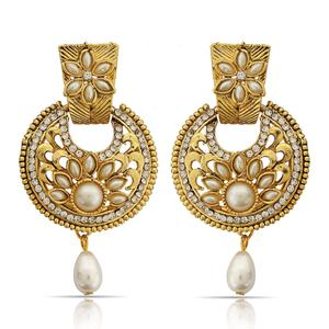 Glowing Golden Colored Mix Metal Stone Work Earrings