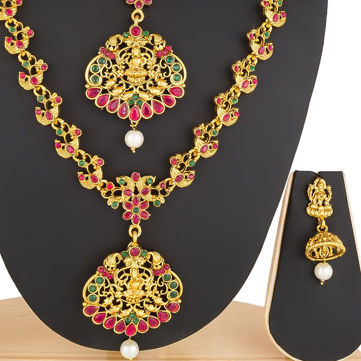 Glowing Golden Colored Stone Work Mix Metal Necklace Set