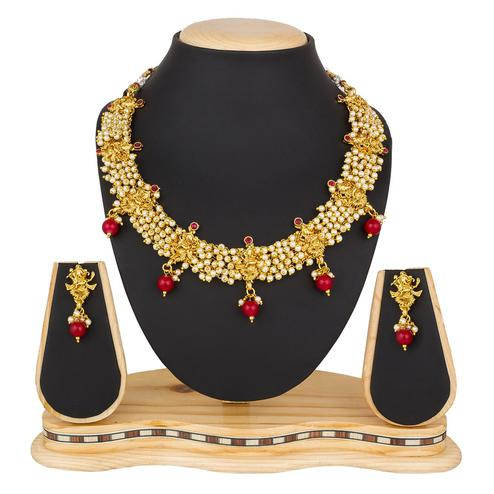 Trendy Golden Colored Moti & Stone Work Mix Metal Necklace Set