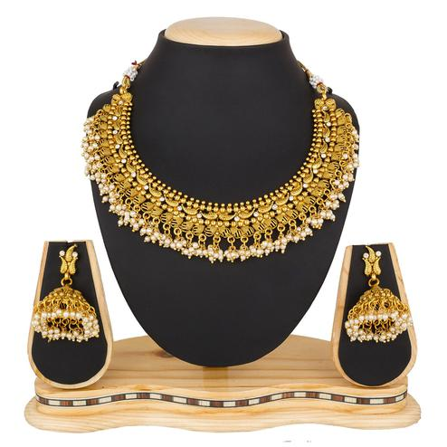 Flaunt Golden Colored Moti & Stone Work Mix Metal Necklace Set