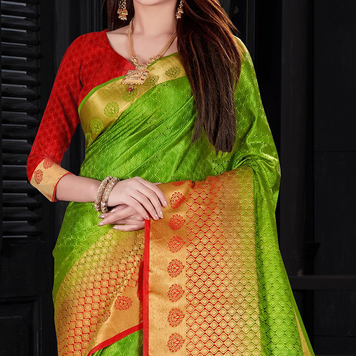 Attractive Green Colored Festive Wear Woven Silk Saree