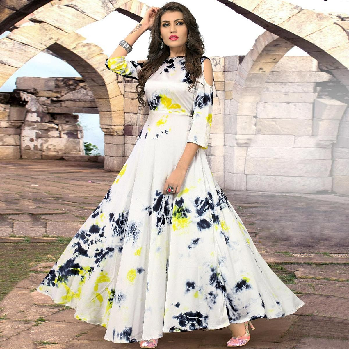 Glorious Off White Colored Partywear Shibori Printed Silk Long Kurti