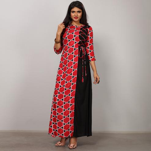 Prominent Red-Black Colored Partywear Printed Rayon Long Kurti