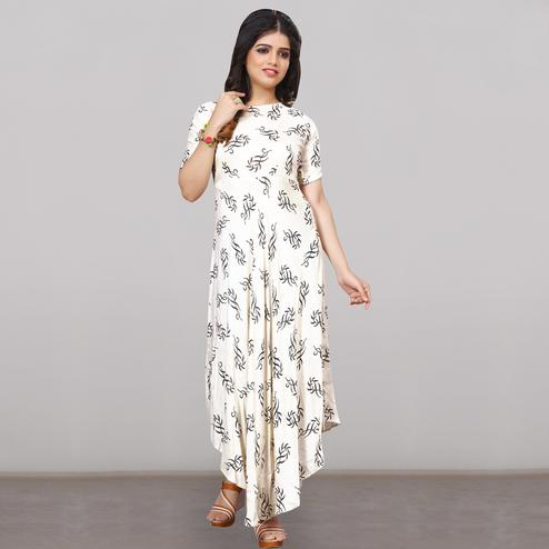 Refreshing White Colored Partywear Printed Rayon Long Kurti