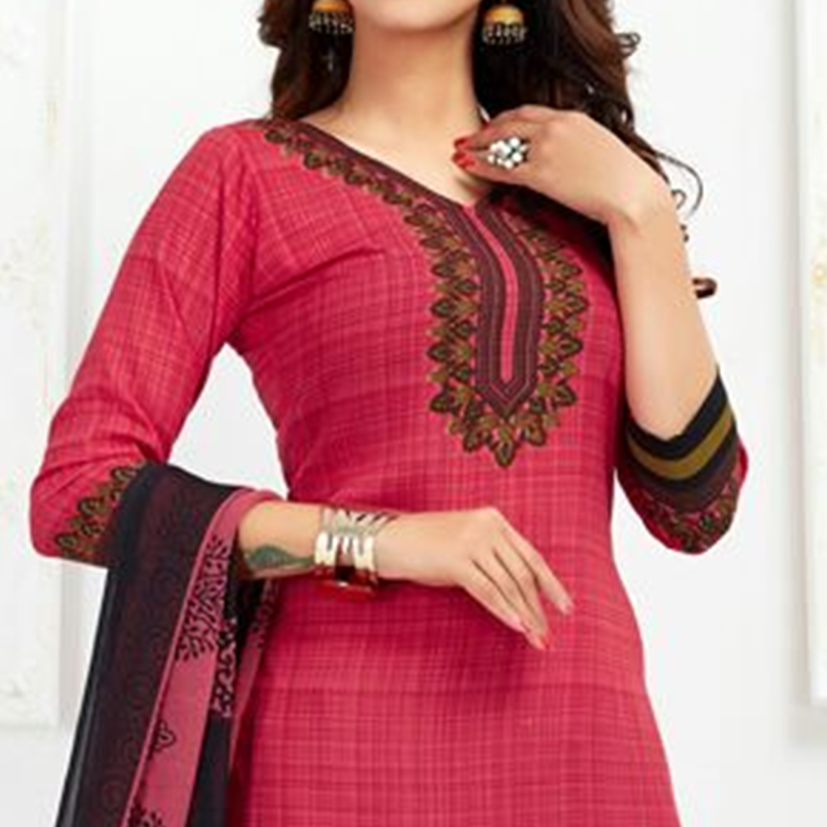 Opulent Pink Colored Casual Printed Leon Dress Material