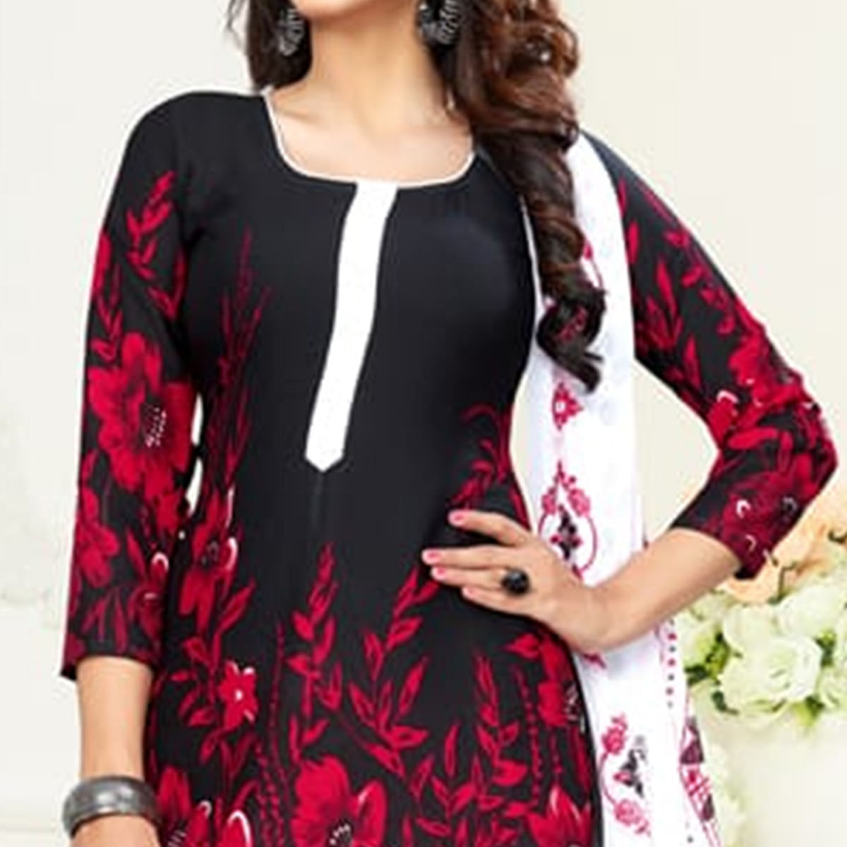 Demanding Black Colored Casual Printed Leon Dress Material