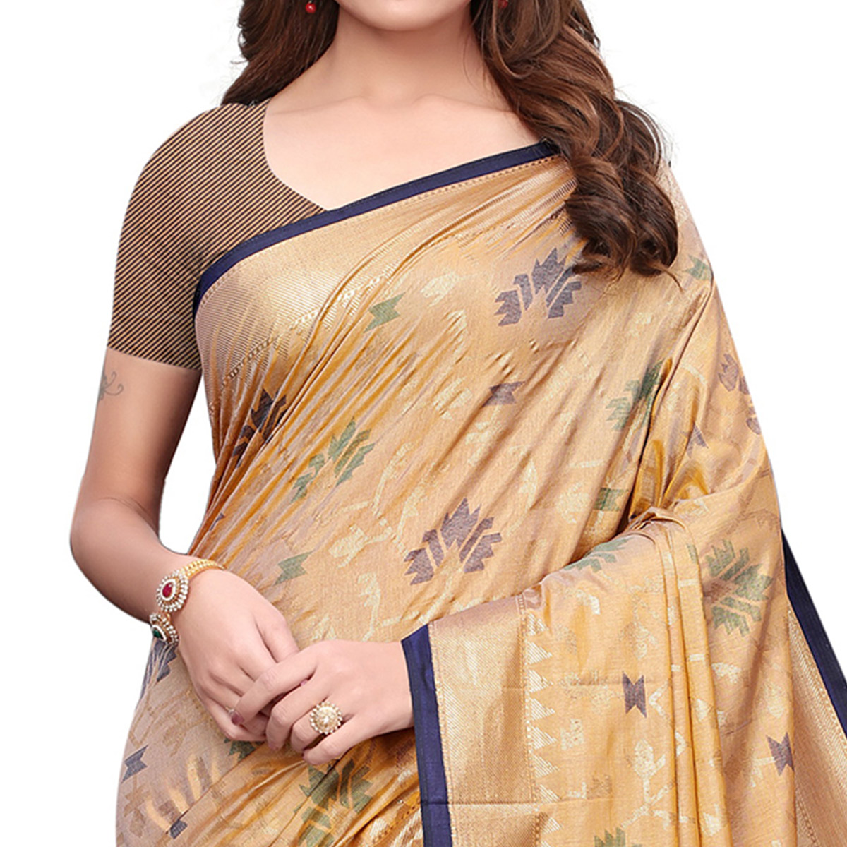 Flattering Light Yellow Colored Casual Wear Printed Silk Saree