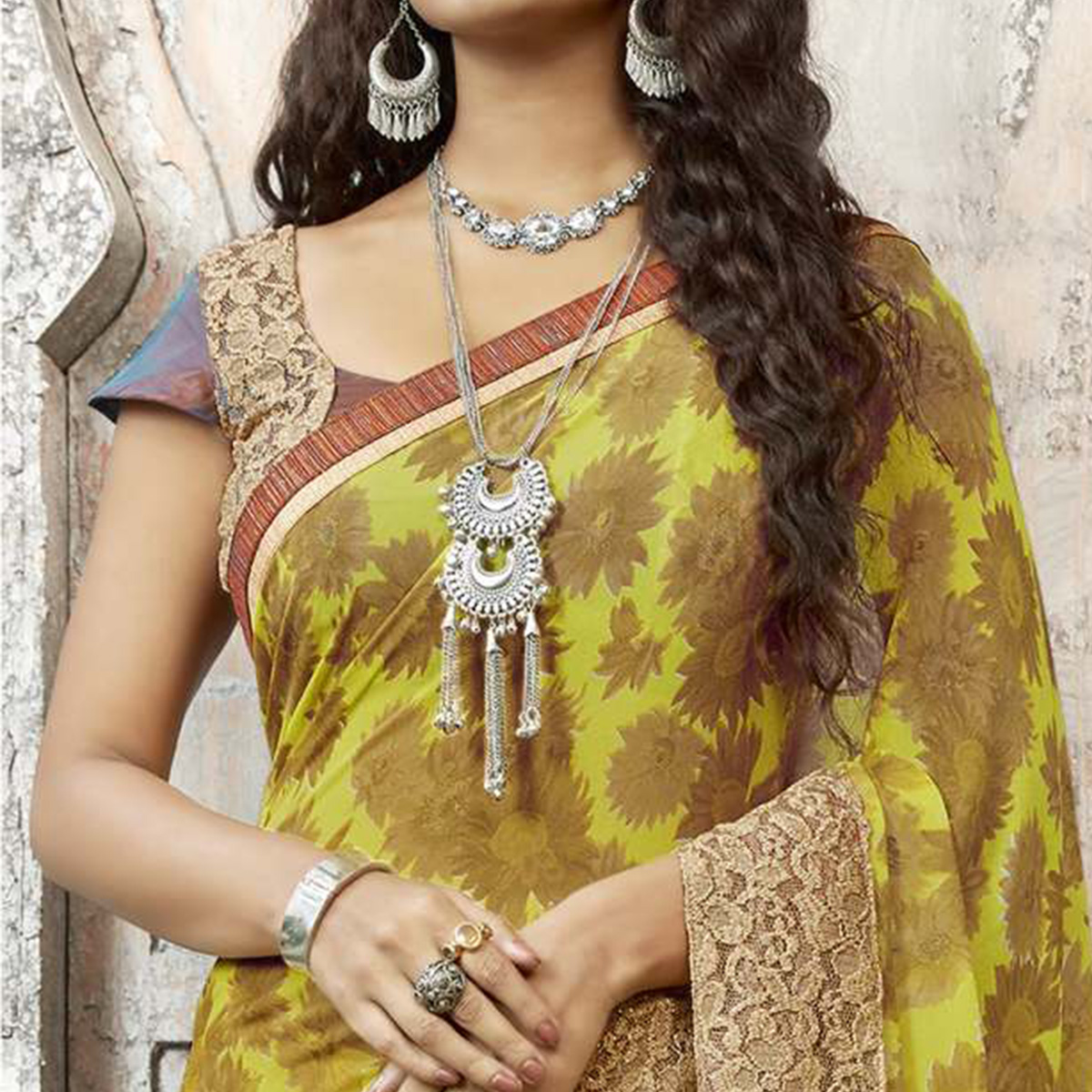 Demanding Yellow Colored Partywear Printed Georgette Saree