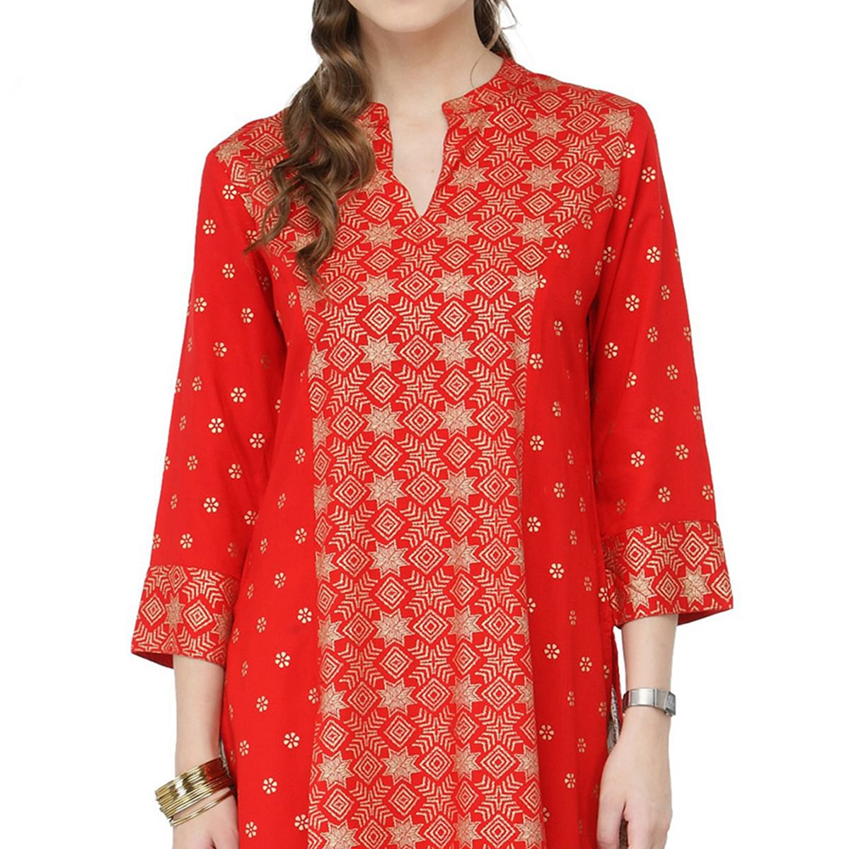 Enticing Red Designer Printed Viscose Rayon Kurti