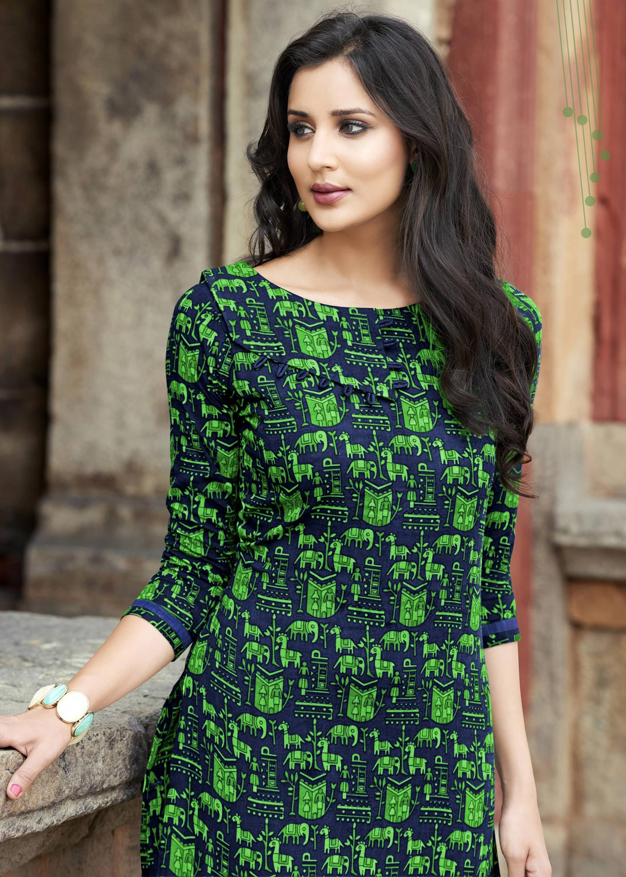 Eye Catching Navy - Green Printed Cotton Kurti