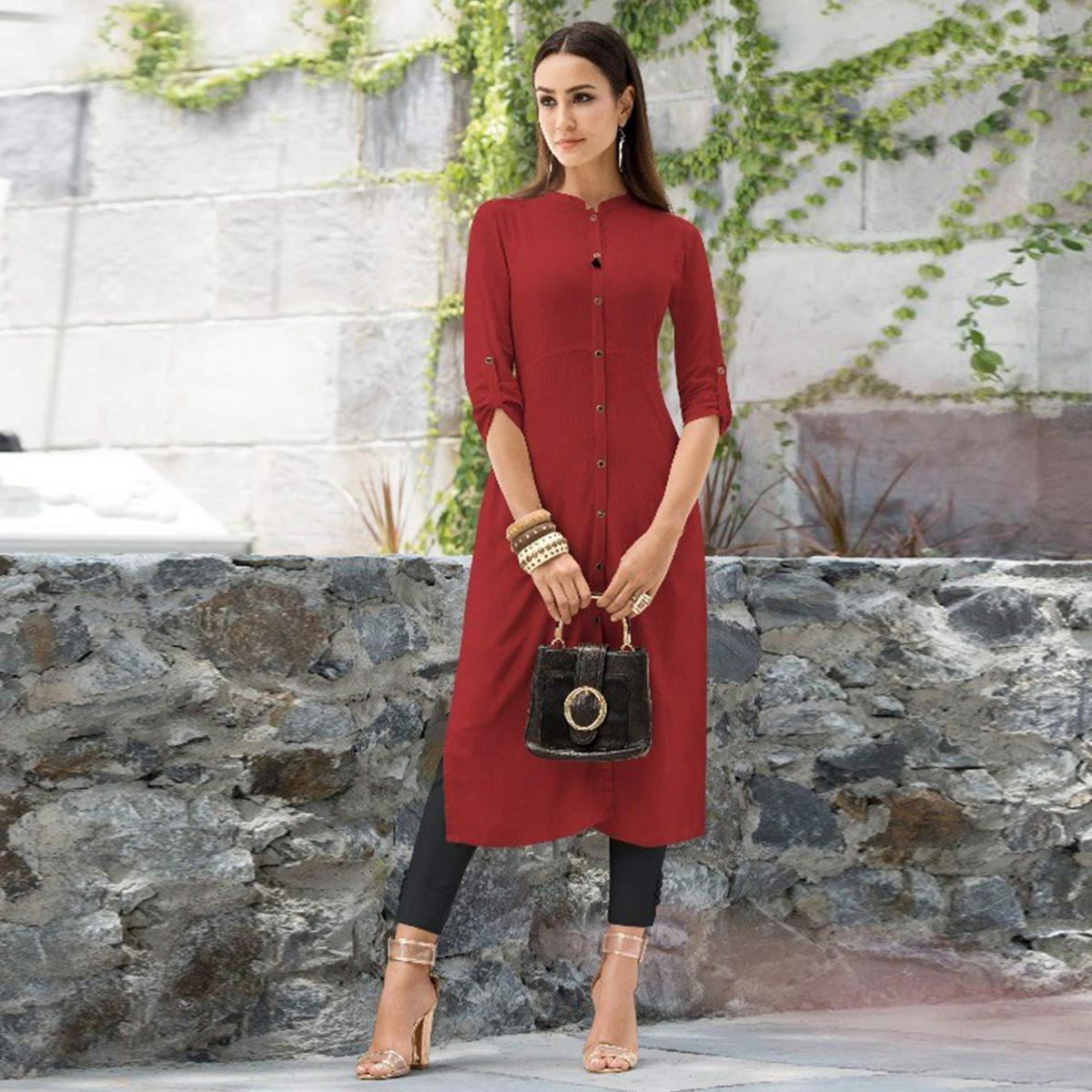 Glorious Maroon Colored Casual Wear Rayon Kurti