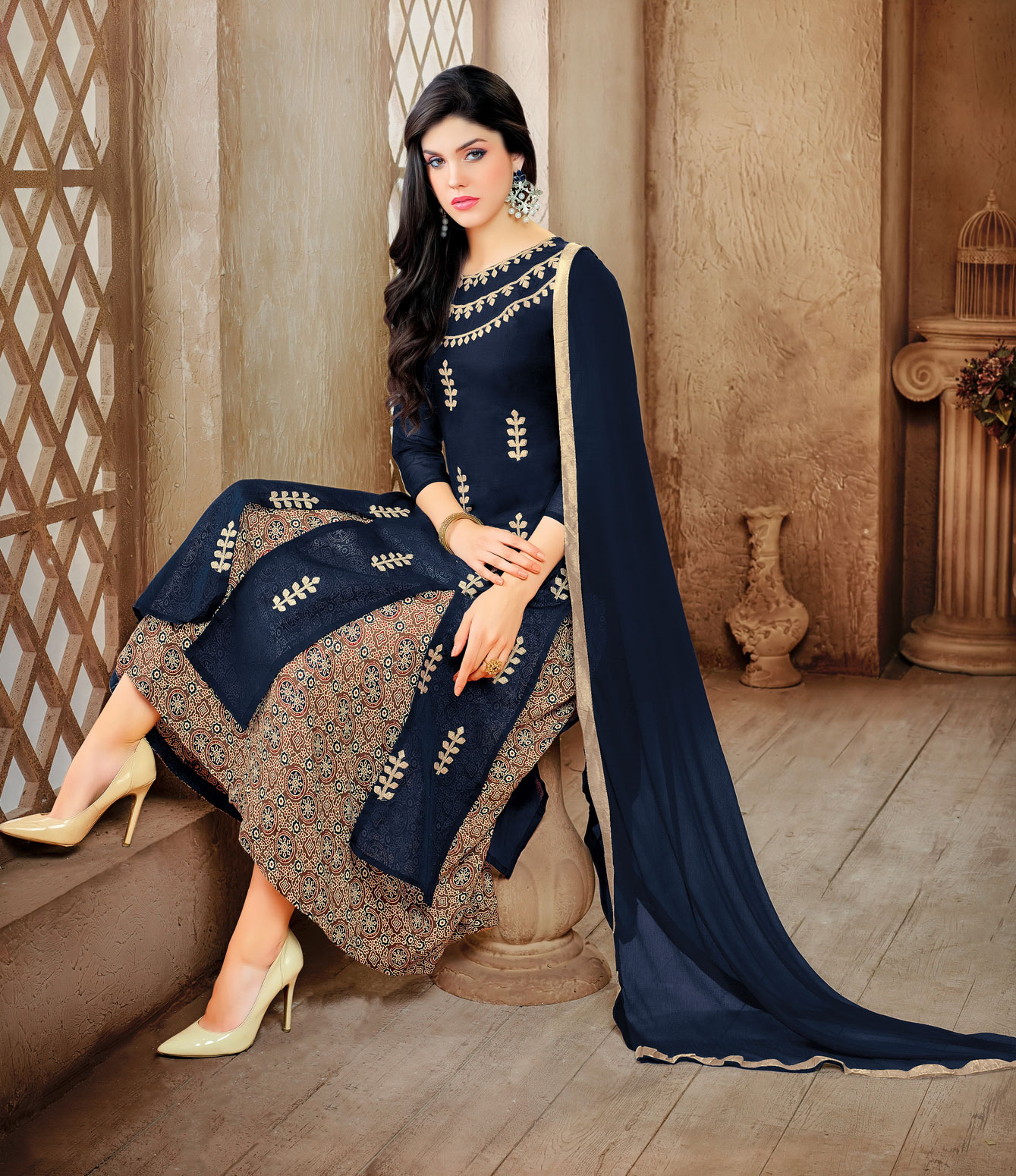 Mesmerising Blue Embroidered Designer Salwar Suit
