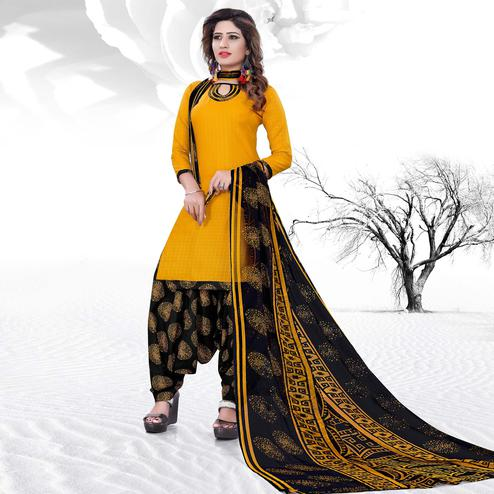 Beautiful Yellow Colored Casual Printed Cotton Dress Material