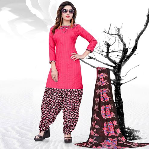 Gorgeous Pink Colored Casual Printed Cotton Dress Material