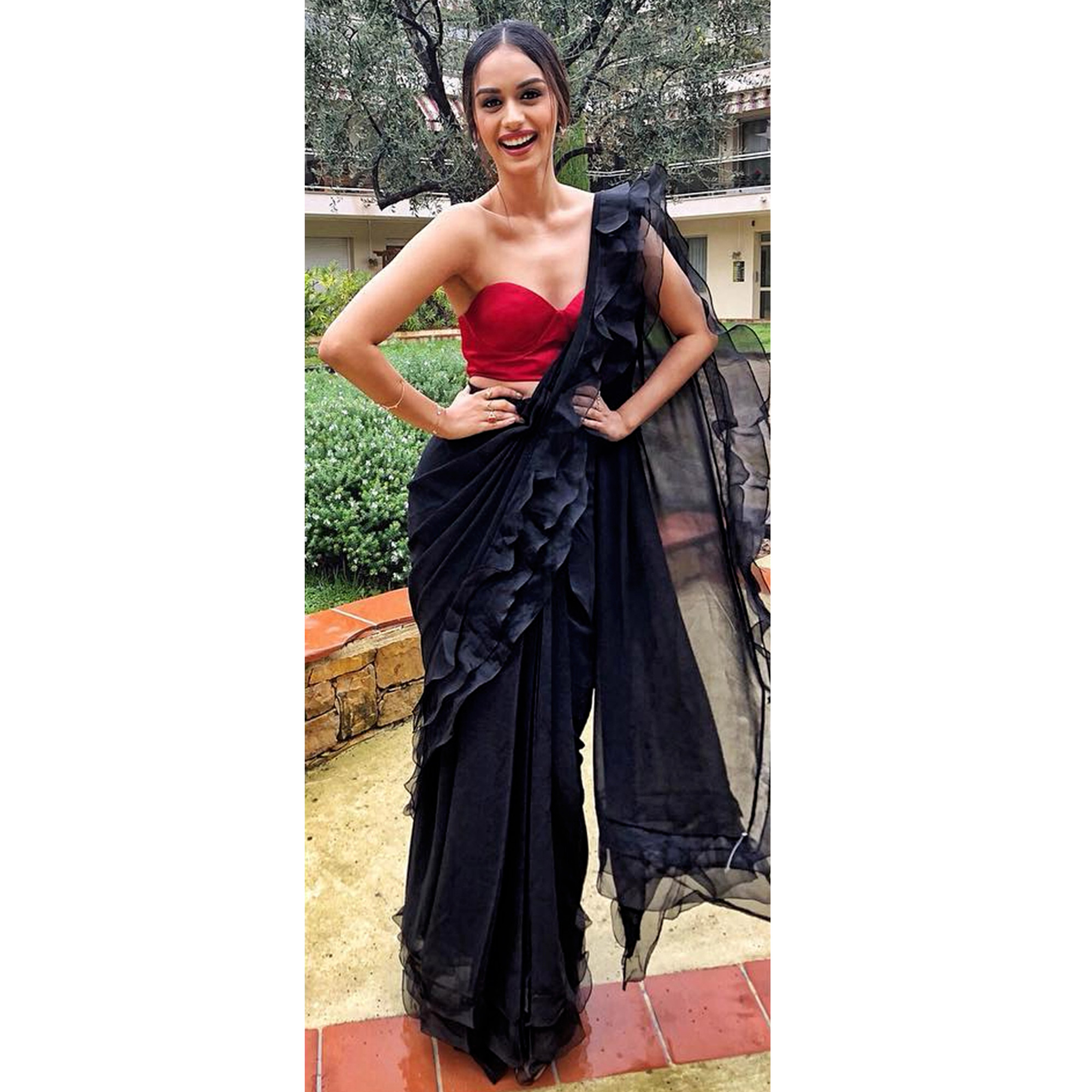 Flamboyant Black Colored Party Wear Fancy Georgette Saree