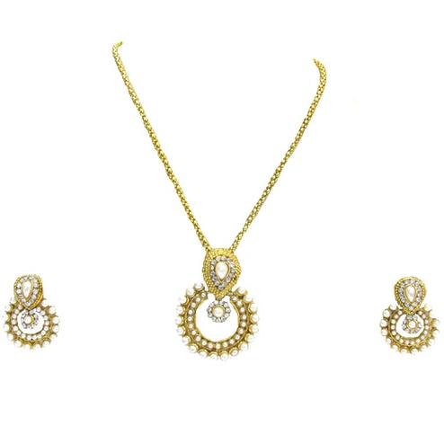 Golden White Stone Small Polki Chain Pendant Set